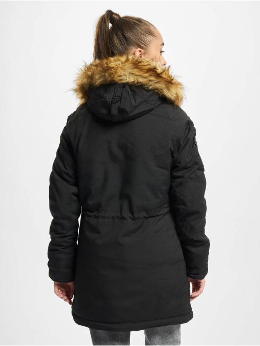 Alpha Industries Зимняя куртка Explorer черный