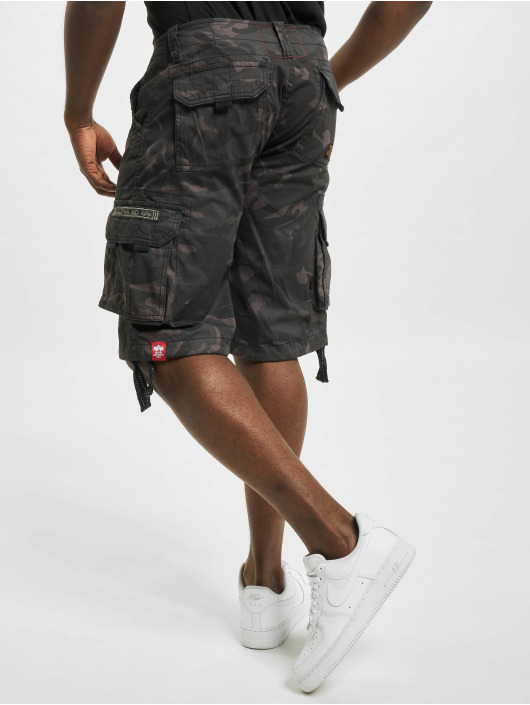 Alpha Industries Short Jet Camo noir