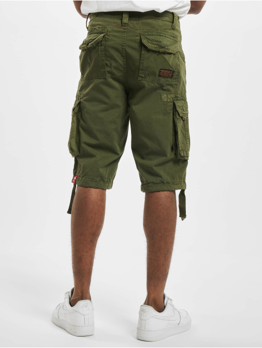 Alpha Industries Shorts Jet grün