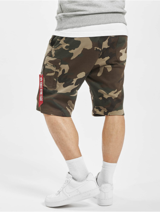 Alpha Industries Shorts X-Fit kamuflasje
