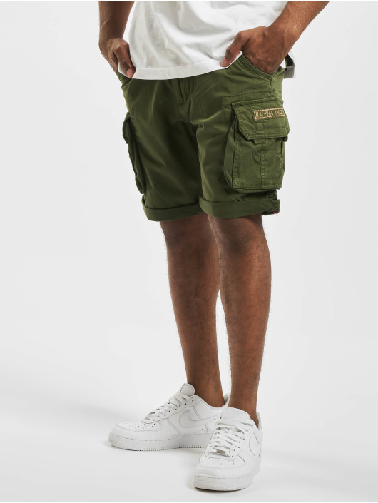 Alpha Industries Shorts Crew olive