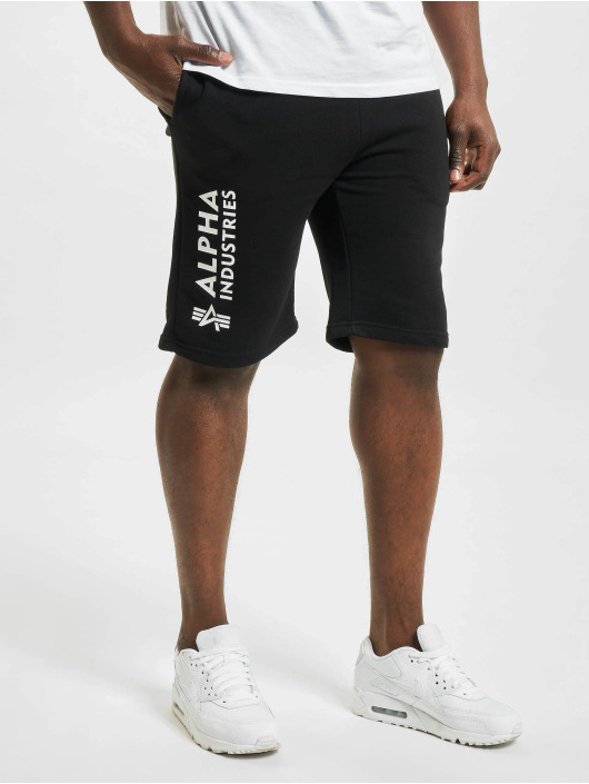 Alpha Industries Shortsit Basic Ai musta