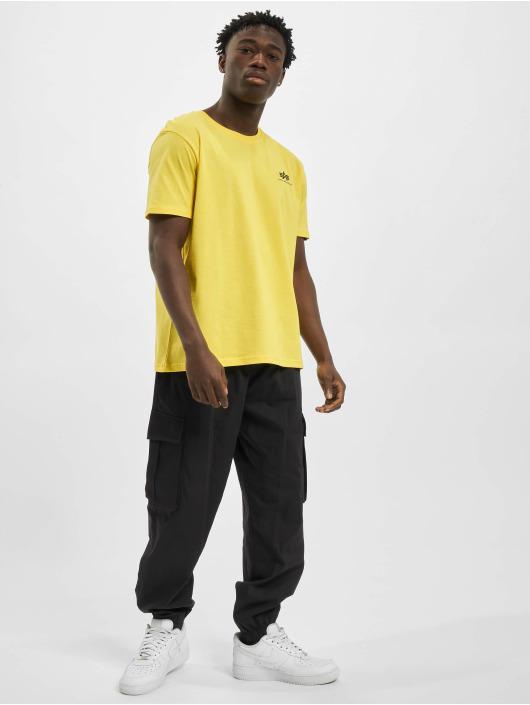 Alpha Industries T-Shirt Basic Small Logo jaune