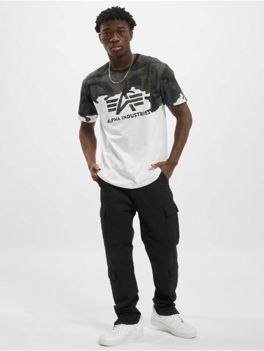 Alpha Industries t-shirt Lost Camo zwart