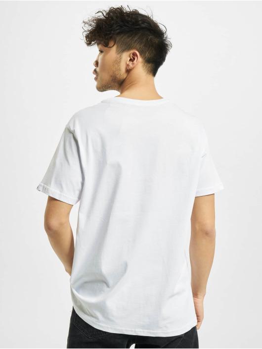 Alpha Industries T-skjorter Basic Small Logo hvit