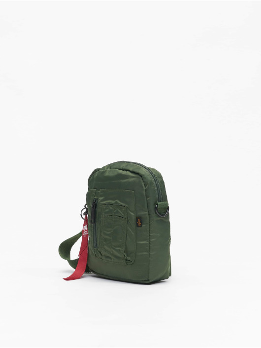 Alpha Industries Väska Crew Carry grön