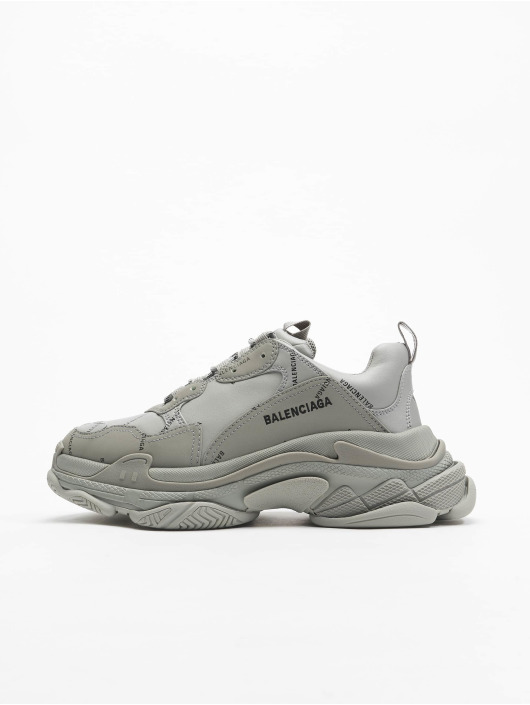 Balenciaga Sneaker Triple S grau