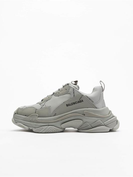 Balenciaga Sneakers Triple S grå