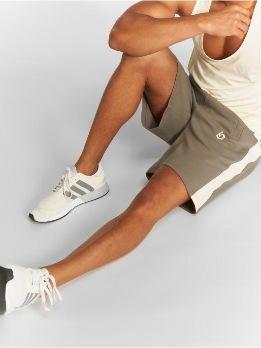 Beyond Limits Shorts Foundation khaki