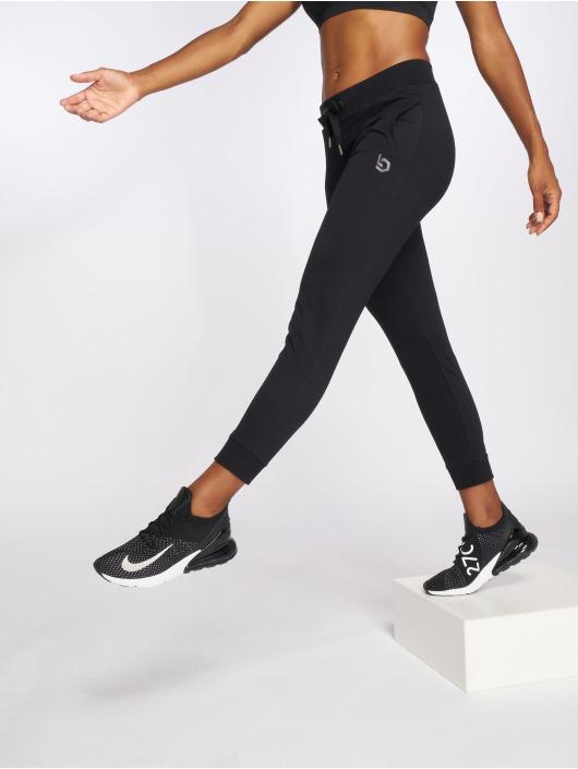 Beyond Limits Spodnie do joggingu Motion czarny
