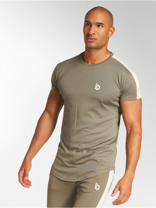 Beyond Limits T-shirt Foundation cachi