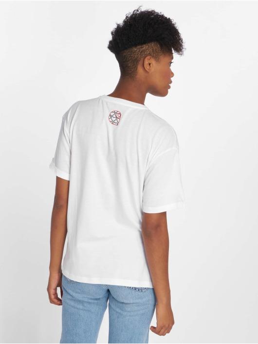 Carhartt WIP Tričká Hearts biela