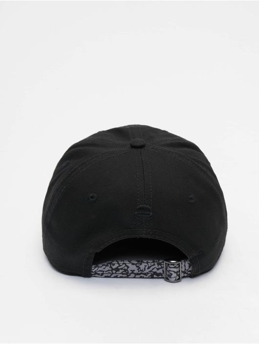 Cayler & Sons Lastebilsjåfør- / flexfitted caps WI Jay Trust svart