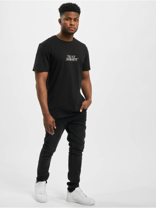 Cayler & Sons T-shirt WL Trust Nobody svart