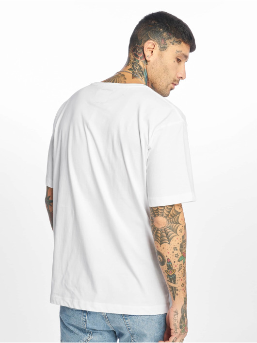 Cayler & Sons T-Shirt Insignia Oversized weiß