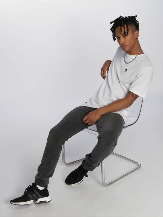 Cayler & Sons T-Shirt PA Small Icon white