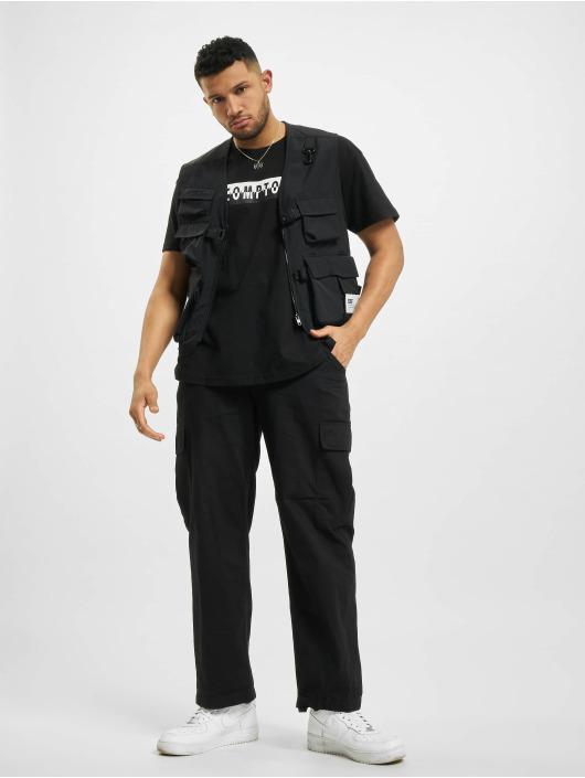 Cayler & Sons t-shirt CMPTN Predator Box zwart