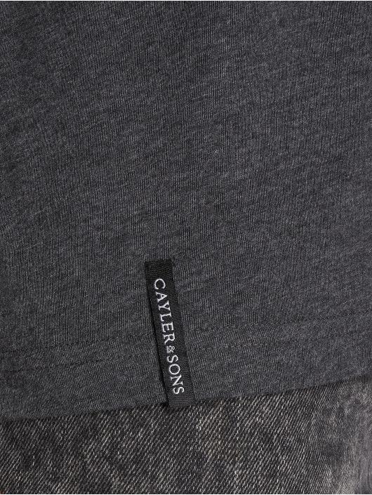 Cayler & Sons T-skjorter Dagger grå