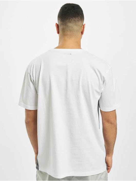 Cayler & Sons T-skjorter BL Yin Yang Semi Box hvit