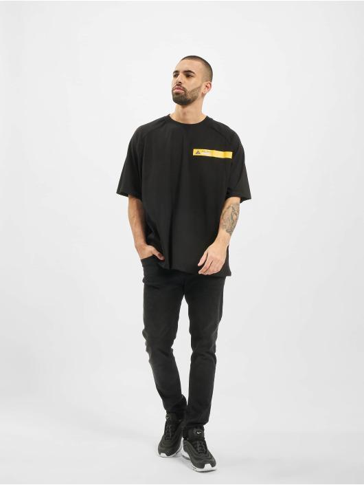 Cayler & Sons T-skjorter Mountain Box svart