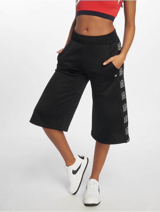 Champion Legacy Shorts 3/4 Bermuda schwarz