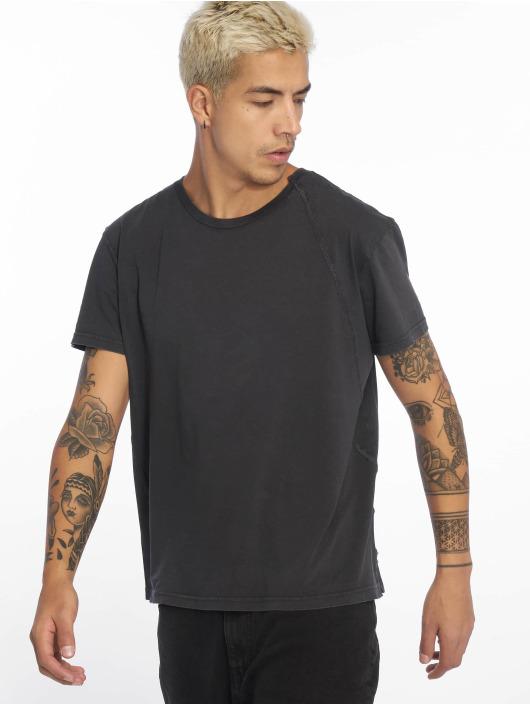 Cheap Monday T-Shirt Standard Skewed schwarz