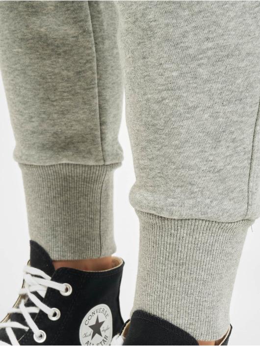 Converse Pantalón deportivo Embroidered Star Chevr gris