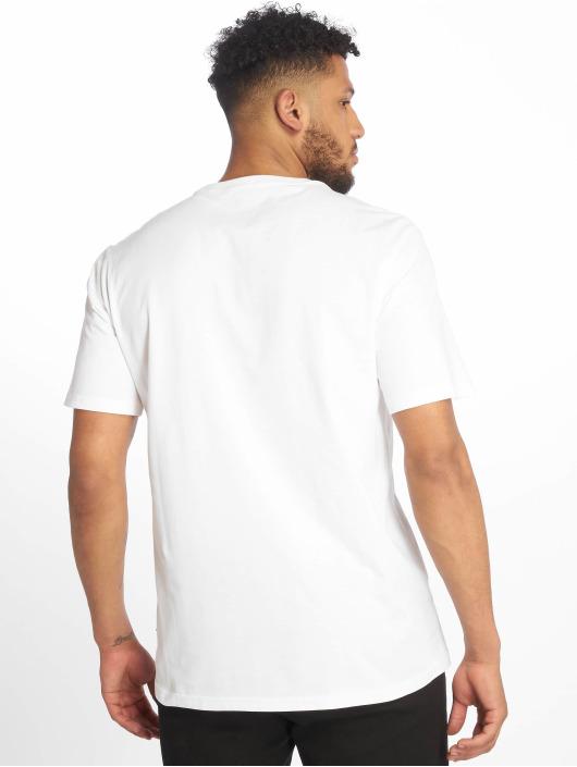 Converse T-Shirt Left Chest Star Chevron white
