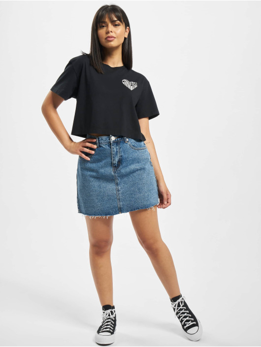 Converse T-Shirty Left Chest Heart Cropped czarny