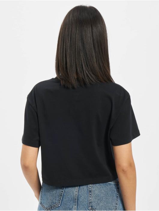 Converse T-skjorter Left Chest Heart Cropped svart