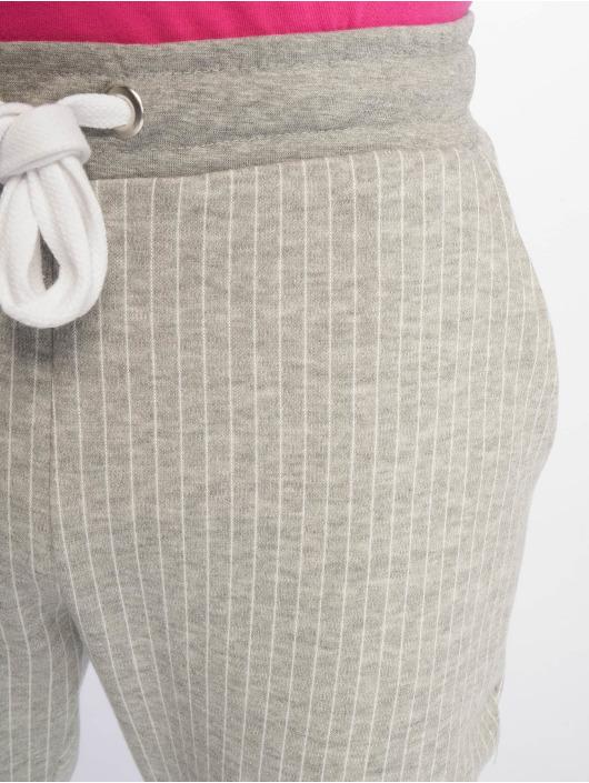 Criminal Damage Joggebukser Pinstripe grå
