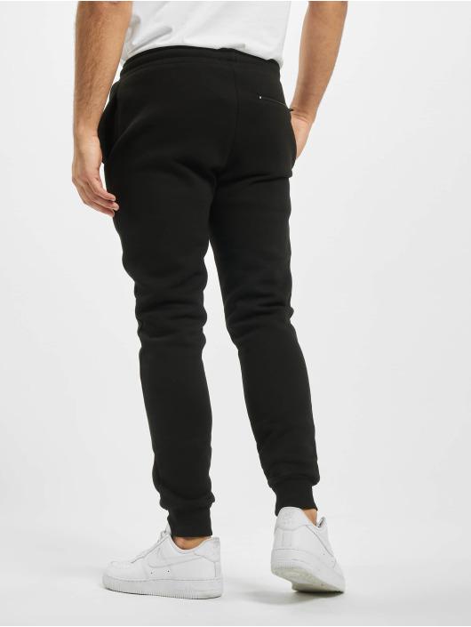 Criminal Damage Spodnie do joggingu Shield czarny