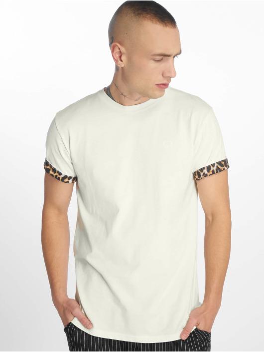 Criminal Damage T-skjorter Leo hvit