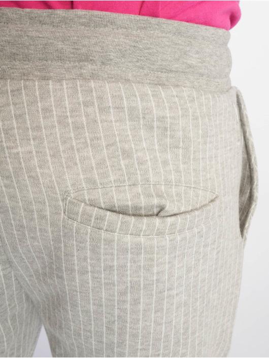 Criminal Damage tepláky Pinstripe šedá