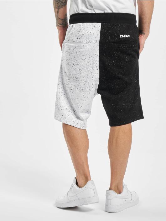 Dangerous DNGRS Pantalón cortos Neurotic negro