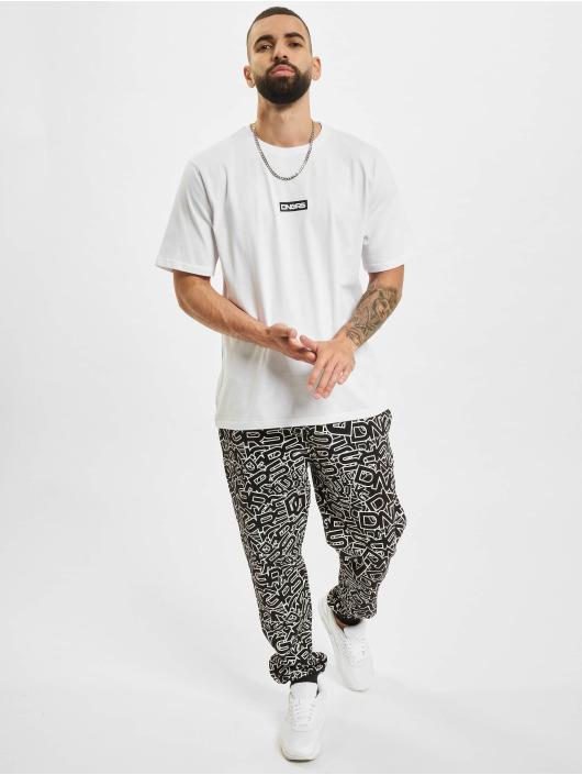 Dangerous DNGRS T-Shirt Crux weiß