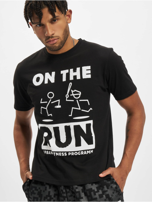 Dangerous DNGRS Tričká On The Run Basic èierna