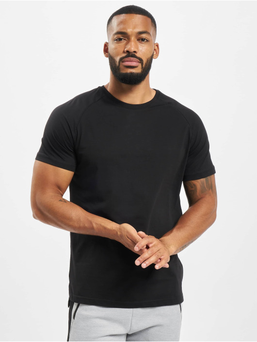 DEF Camiseta Kallisto negro