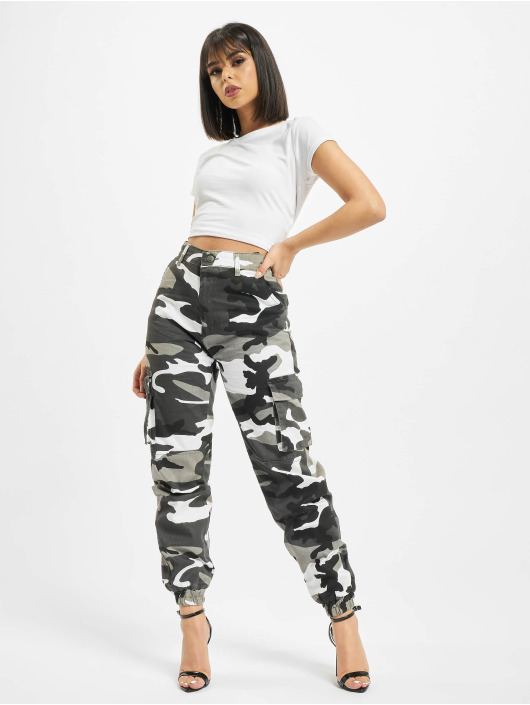 DEF Cargo Ruby camouflage