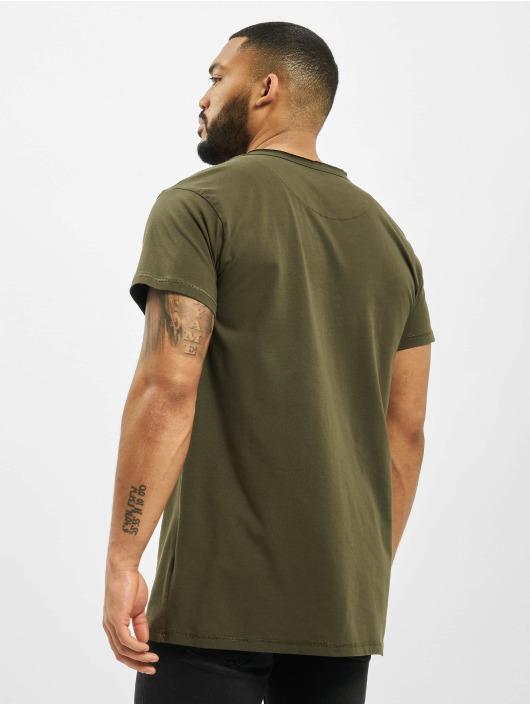 DEF T-paidat Edwin oliivi