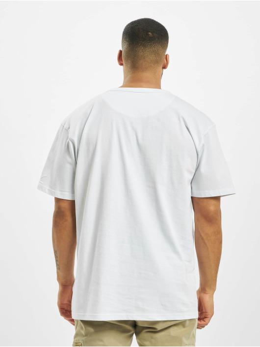 DEF T-paidat Dave valkoinen
