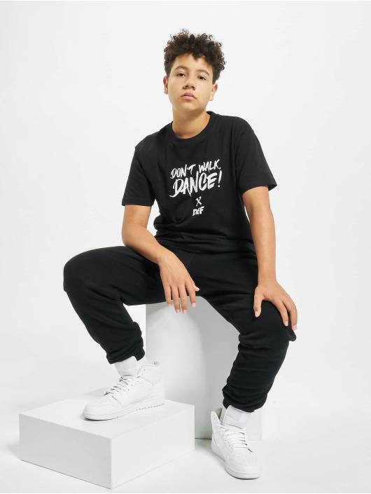 DEF T-Shirt Don't Walk Dance black