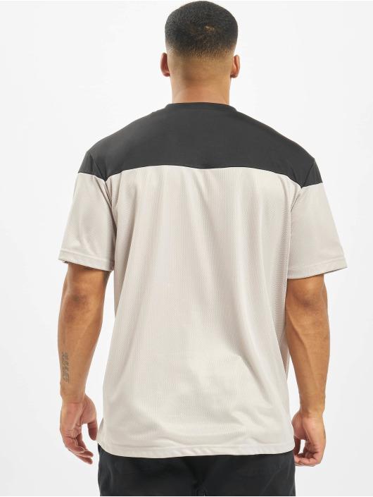 DEF T-Shirt Pitcher grau