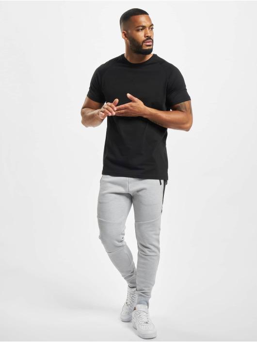 DEF T-shirts Kallisto sort