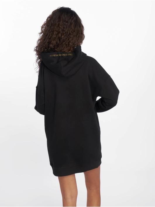 Deus Maximus Kleid Iaret schwarz