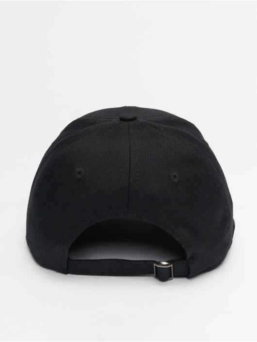 Distorted People Snapback Cap Blades black