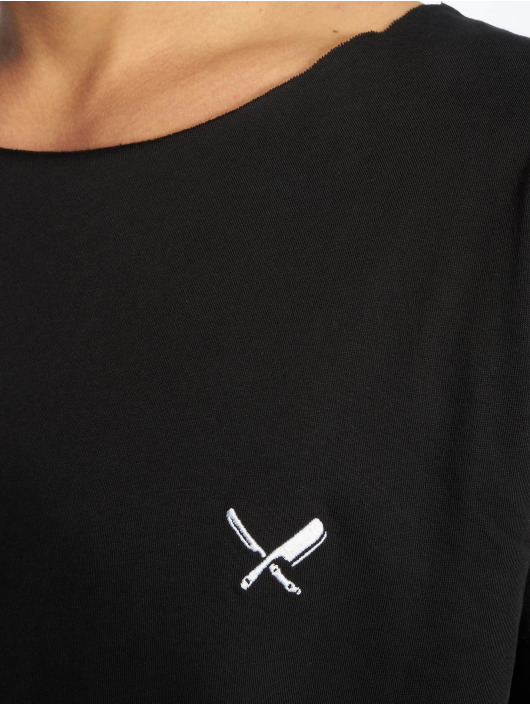 Distorted People T-shirts Cutted Neck sort