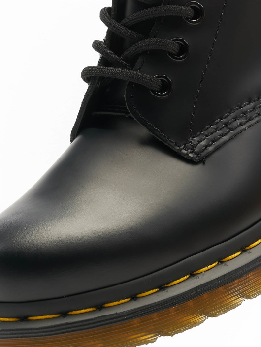 Dr. Martens Boots 1490 10 Eye black