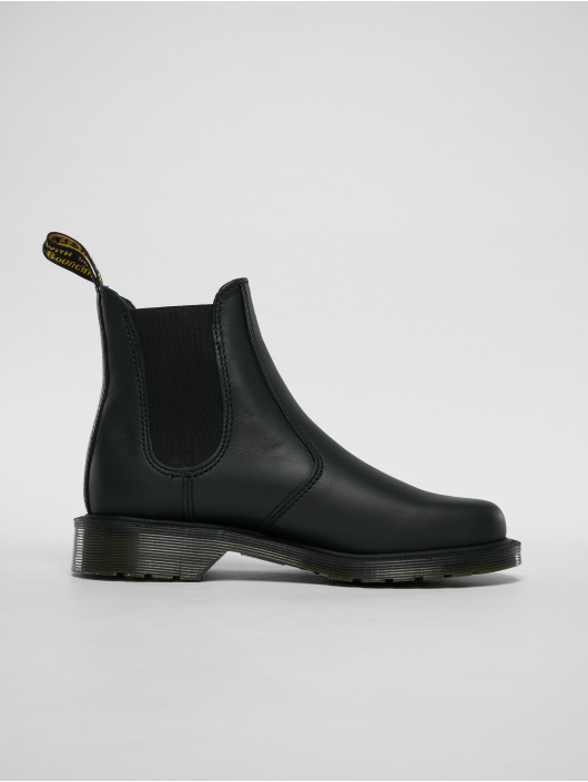 Dr. Martens Vapaa-ajan kengät Laura Polished Apache Chelsea musta