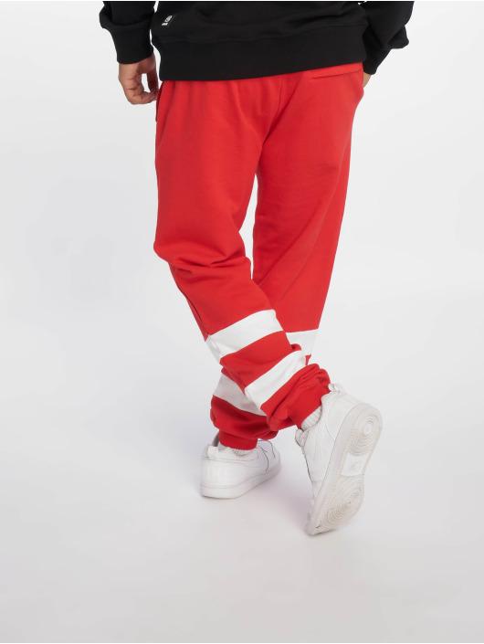 Ecko Unltd. Spodnie do joggingu East Buddy czerwony